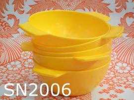 Seno plastic schaaltjes/soepkoppen 'Sunny Sixties' geel (set van 5)