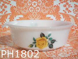 Phoenix Opalware ovenschaal 'Yellow Rose'