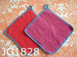 Gehaakte pannenlappen (set) donkerroze/aquablauw/rood