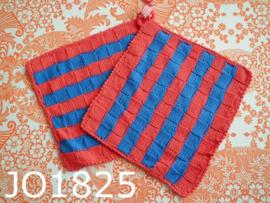 Gehaakte pannenlappen (set) kobaltblauw/rood