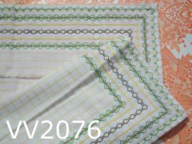 Tafelkleedje geborduurd 'Sixties' wit/groen/geel/zwart