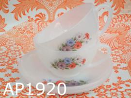 Arcopal kop + schotels groot 'Petunia' (set van 2)