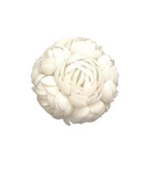 decoratiebol van schelpen in bloemmotief