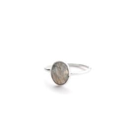 Muja Juma • ring maat 56 smalle labradoriet ovaal | zilver (673)