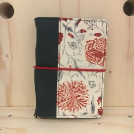 ZZZ Saskia Thomson • leren notebook A6 (rood/groen)