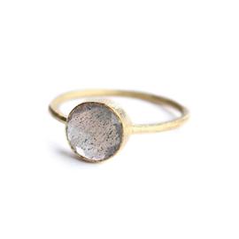 Muja Juma • ring maat 56 ronde onyx | verguld (810)