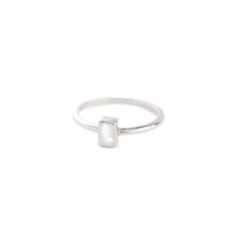 Muja Juma • ring maat 58 rechthoek witte maansteen | zilver (2016)