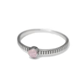 Muja Juma • ring maat 54 3mm ronde perzik maansteen met 1 stip | zilver (4057)