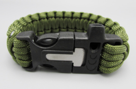 Survival Tools - Para cord bracelet with flute, scraper & magnesium stick - army green