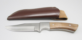 Hunting knife with walnut handle, no.5