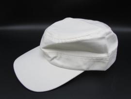 Cap in de kleur wit