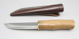 Hunting knife with walnut handle, 3