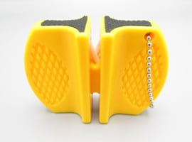 Outad knife sharpener - Metal & ceramic - color: yellow