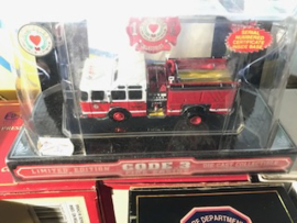 Code 3 Worcester Massachusetts E-One Cyclone II Memorial Pumper (12341)