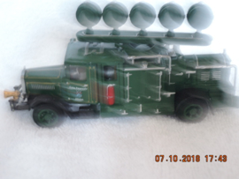 Matchbox YYM37632 Collectibles Fire  brandweer Series MERCEDES L5 Spotlight Generator MINT