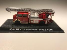 Brandweer magazine models Metz DLK 30 Mercedes-Benz L 1519