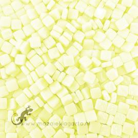 Mozaïek tegeltjes glas 8 x 8 mm Opaal per 50 gram Pastel Geel 026