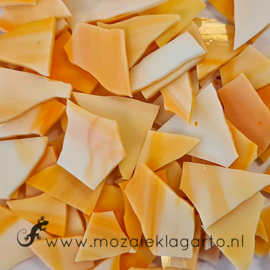 Gekleurde glasscherven  Semi Translucent Oranje SO375-1st