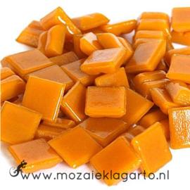 Basis  glastegeltjes 1 x 1 cm per 50 gram Licht Oranje 092