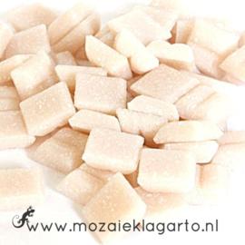 Basis  glastegeltjes 1 x 1 cm per 50 gram Bleek Roze 082
