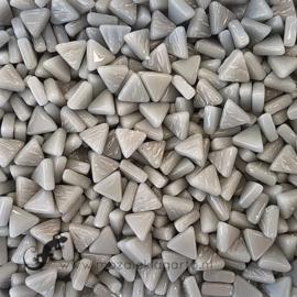 Glasmozaiek Driehoekjes 10 mm per 50 gram Midden Grijs 045