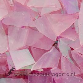 Gekleurde glasscherven Iriserend Roze CAG 011i