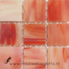 Tiffany glastegels 2x2 cm per 25 Koraal gevlamd Iriserend 008
