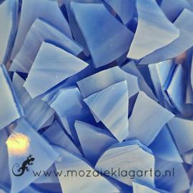 Gekleurde glasscherven  Semi Translucent Bleekblauw -  Wit SO337-1st