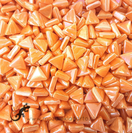 Glasmozaiek Driehoekjes 10 mm Parelmoer per 50 gram Oranje 104P