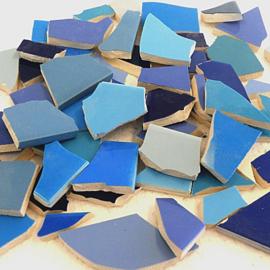 Mozaïek tegelscherven voor BINNEN per 750 gram Blauwe mix