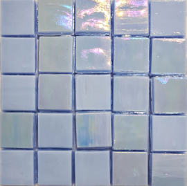 Glastegels 15 mm  Lichtblauw Opaal per 25 tegels 120-15