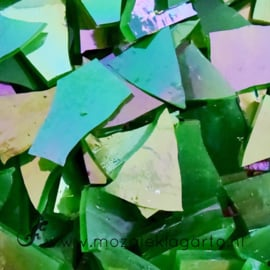 Gekleurde glasscherven Iriserend Groen CAG119i