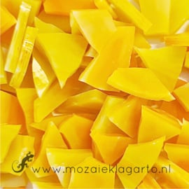 Gekleurde glasscherven Semi Translucent Geel - Oranje Y168st