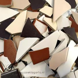Mozaiek tegel scherven voor BINNEN EN BUITEN 1 kilo Bruine Mix 002