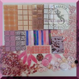Glasmozaiek mix Roze in cadeautasje 25-9