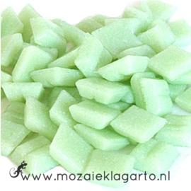 Basis  glastegeltjes 1 x 1 cm per 50 gram Pistache groen 021