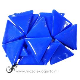 Glasmozaiek Driehoek 29 mm per 100 gram Briljant Blauw 069