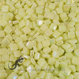 Mozaiek tegeltjes glas 8 x 8 mm Parelmoer per 50 gram Pastel Geel 026P