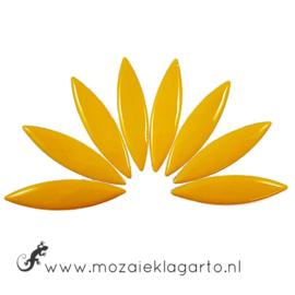 Keramiek bloemblaadjes Groot per 8 Warm Geel 101