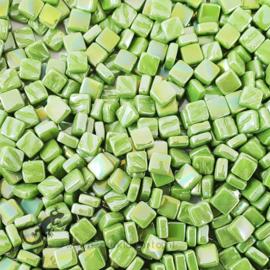 Mozaiek tegeltjes glas 8 x 8 mm Parelmoer per 50 gram Lichtgroen 011P