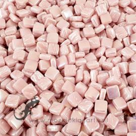 Mozaiek tegeltjes glas 8 x 8 mm Parelmoer per 50 gram Lichtroze 017