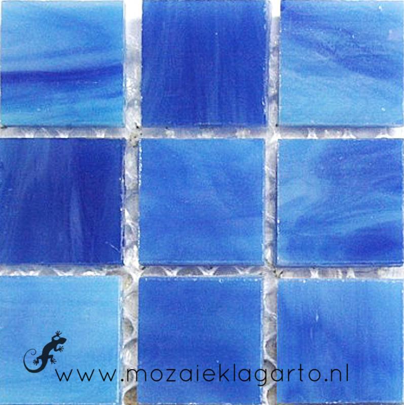Tiffany glastegels 2x2 cm per 25 Blauw 030