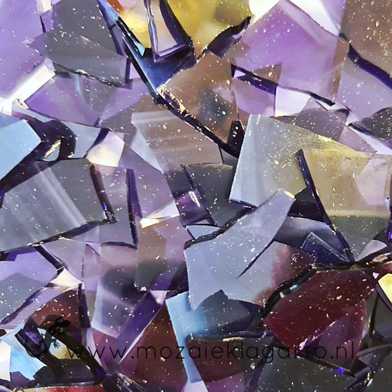 Gekleurde glasscherven  Wispy Paars - Wit SO843-92w
