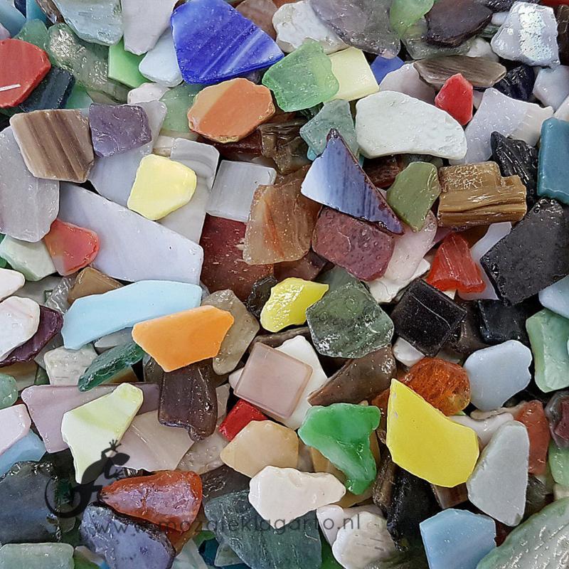 Gekleurde glasscherven  Bonte Getrommelde Mix 300 gram 041