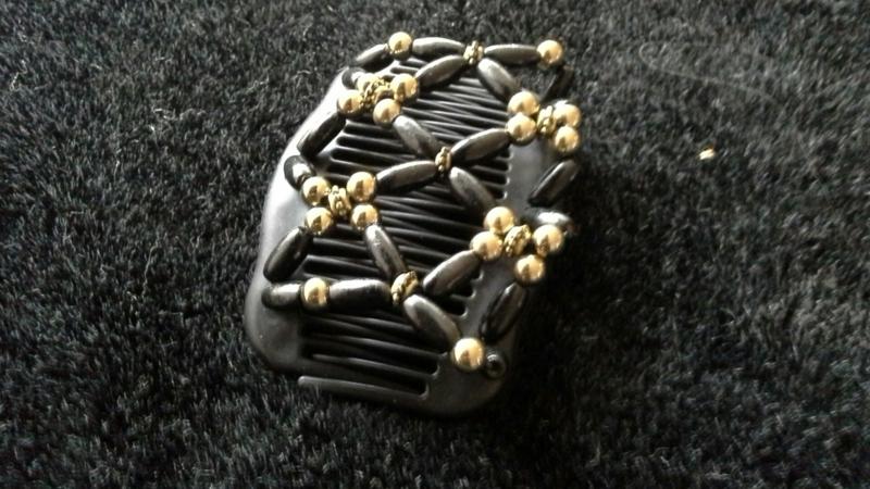 african hairclip 6 zwart met goud of zwart met zilver