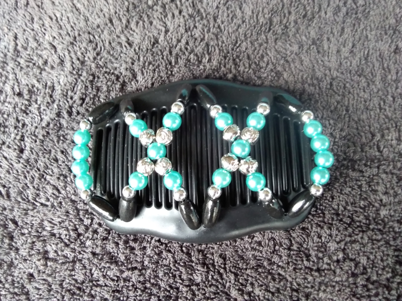 african hairclip black blue 41
