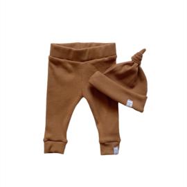 Newborn set - Smal rib brown