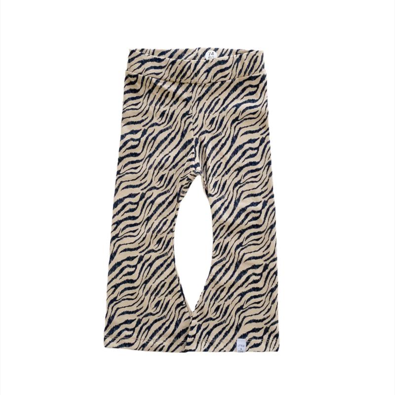 Flared - Zebra