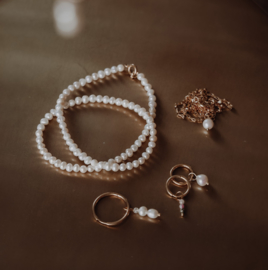 Freshwater pearl necklace M