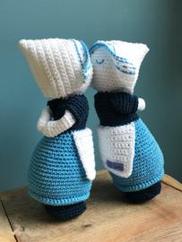 Delfts blauw kussend paartje (v/v)